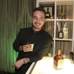 Buchanan's brindó anoche por J Balvin's 3 nominaciones al Latin Grammy