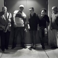 """Estreno del Vídeo de PALO! """"Tabaco y Ron Pa' Mi Santa"""" de su Álbum Nominado al Grammy Latino 'PALO! Live' exclusivamente en Nuestra Voz Latina!"""