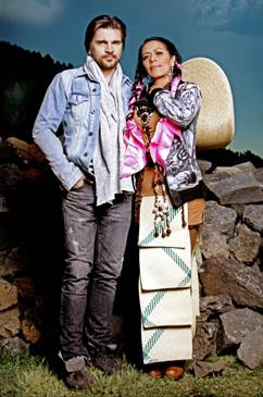 Lila Downs and Juanes La Patria Madrina Gypset Magazine