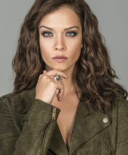Carolina Miranda nos promete que la nueva temporada de la #SraAcero4 no nos va a defraudar!