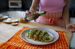 ¡Celebra el Día De Los Muertos con Tacos de Calabaza y El Amor de Julio!