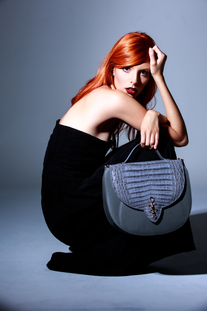 kalamarie-sophisticated-croco-leather-whith-calf-skin-handbags-accessories-holiday-15-josephine-grey