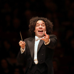 """Casual Fridays"" concert with Gustavo Dudamel at the LA Phil on December 4th"