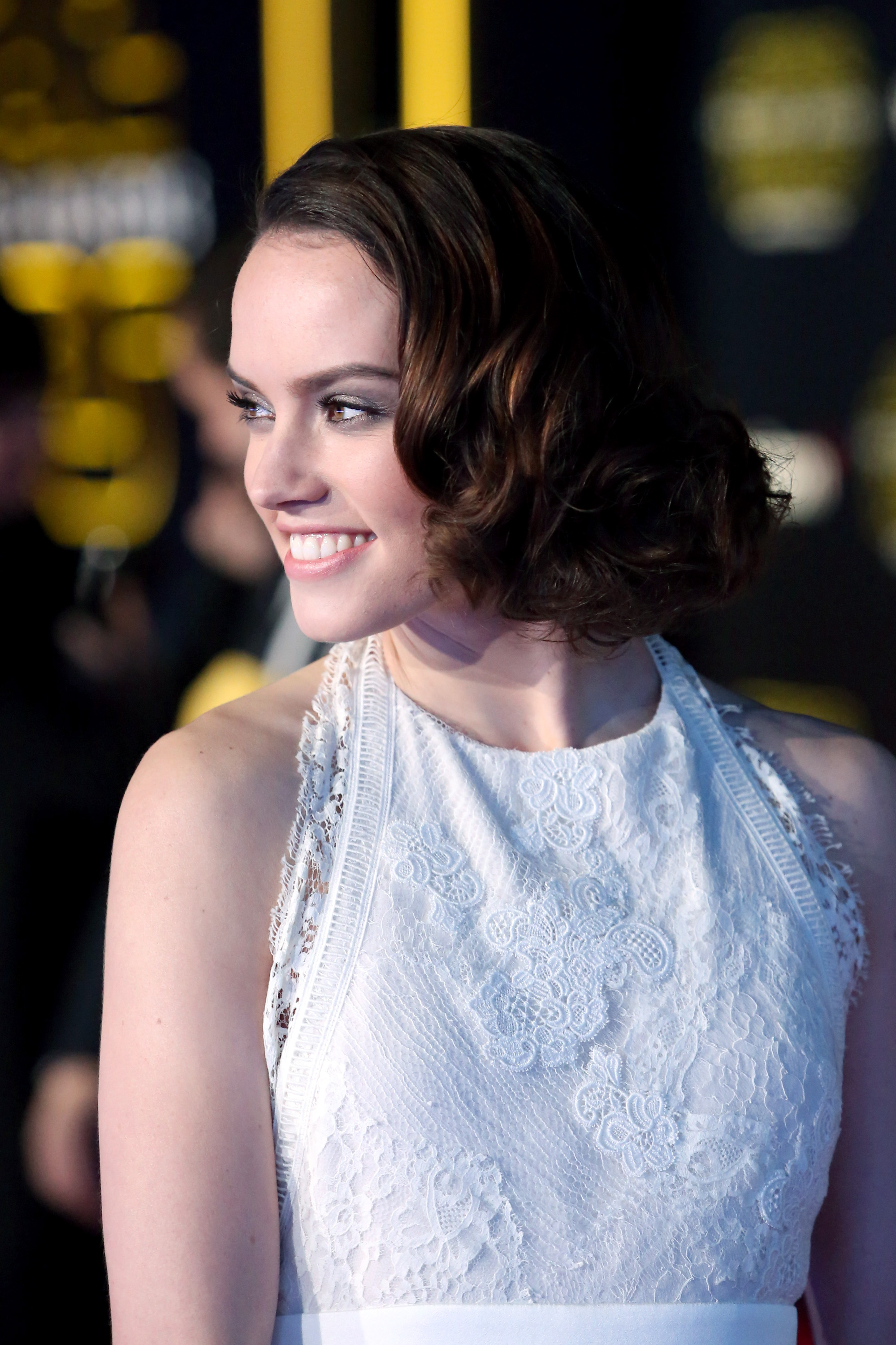 HOLLYWOOD, CA - DECEMBER 14:  Actress Daisy Ridley attends the World Premiere of ?Star Wars: The Force Awakens? at the Dolby, El Capitan, and TCL Theatres on December 14, 2015 in Hollywood, California.  (Photo by Jesse Grant/Getty Images for Disney) *** Local Caption *** Daisy Ridley