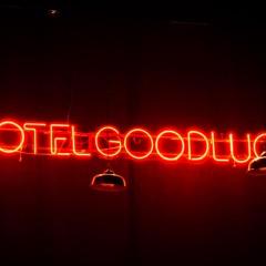 Una visita al Hotel Good Luck