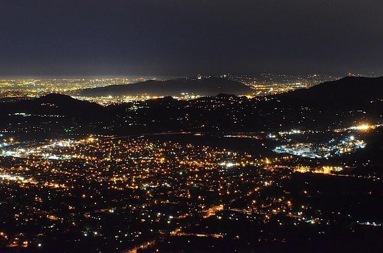 echo-mountain-best-night-hike-clarissa-wei