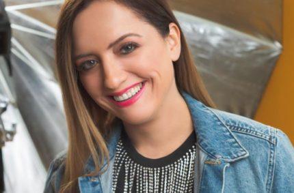 """""""Ay, ay, ay Corazón"""" Nuevo Video Musical De Priscilla Bousek"""